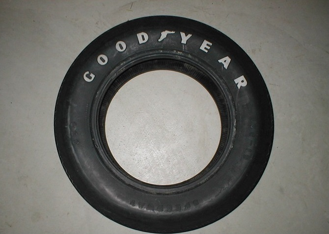 a second tire used was also a goodyear speedway this tire has the word goodyear in large white letters the size is e70x15 this tire was used from